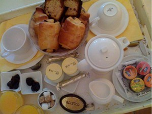 breakfast-saint-remy-close1.jpg